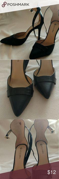 Black Altuzarra Heels (6.5) Excellent condition! Love these shoes - only worn a couple of times but they were a tad too big for me. Beautiful band detail across top. Size 6.5. Altuzarra Shoes Heels