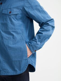 Rare, Stealthy Hand Pockets - Four Pins Supernatural Style Fashion Details, Look Fashion, Mens Fashion, Tactical Clothing, Mens Trends, Herren T Shirt, Denim Shirt, Casual Shirts, Men Shirts
