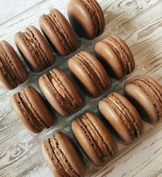 Cherie shared by Evelyn on We Heart It Chocolate Espresso, Decadent Chocolate, Chocolate Pictures, Tasty, Delicious Food, Hot Dog Buns, Macarons, Deserts, Bread