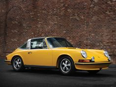1971-73 Porsche 911 Е 2.4 Targa Maintenance/restoration of old/vintage vehicles: the material for new cogs/casters/gears/pads could be cast polyamide which I (Cast polyamide) can produce. My contact: tatjana.alic@windowslive.com