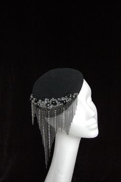 Gorgeous beading detail on this hat by Fiona Mangan Millinery. Facinator Hats, Fascinators, Headpieces, Millinery Hats, Fancy Hats, Flapper Style, Love Hat, Red Hats, Derby Hats