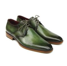 Green antiqued hand-painted. Finest Italian calfskin leather. Upper natural leather sole. Leather wrapped laces, Derby Style plain-toe dress shoes. This is a made-to-order product. Please allow 15 days for the delivery. Because our products are hand-painted and couture-level creations, each item will have a unique hue and polish, and color may differ slightly from the picture.