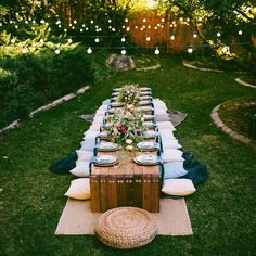 10 Tips to Throw a Boho Chic Outdoor Dinner Party. Dinner Ideas For Bachelorette Party Barbecue Party, Summer Barbecue, Outdoor Thanksgiving, Outdoor Dinner Parties, Party Outdoor, Backyard Parties, Garden Parties, Outdoor Entertaining, Backyard Birthday