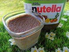 PETITS POTS DE CREME AU NUTELLA MULTIDELICE (thermomix et yaourtière) 250 g de lait 90 g de nutella 250 g de crème liquide 1 œuf entier 1 jaune d'œuf 50 g de sucre