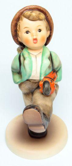 "MI Hummel Goebel Figurine "" Globe Trotter "" Hum 79 TMK 7 (1991-1999) Final Issue"