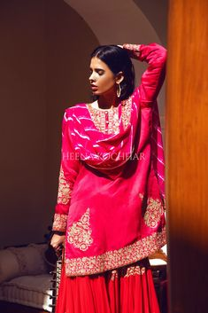 New Dress Design Indian, Red Kurta, Indian Dresses, Indian Fashion, Designer Dresses, Sari, How To Wear, Outfits, Collection