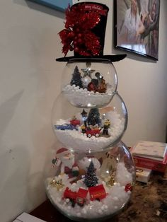 ve collected the 60 BEST DIY Christmas Decorations and Craft Ideas. Everything from Outdoor Decoration, Table Settings, Holiday Crafts, to Home Decor. Snowman Crafts, Christmas Projects, Decor Crafts, Holiday Crafts, Holiday Fun, Christmas Ideas, Christmas Recipes, Holiday Ideas, Snowman Wreath