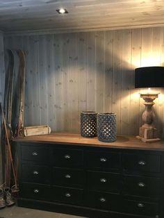 Eikås-hytte i Trysil - Vyrk Dresser, Interior, House, Furniture, Cabins, Cottages, Home Decor, Rome, Cottage