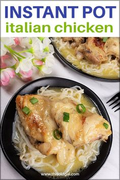 Instant Pot Italian Chicken with Olive Garden Dressing is an easy low carb, four ingredient recipe for the pressure cooker. It's simple, yet delicious. Pressure Cooker Chicken, Instant Pot Pressure Cooker, Pressure Cooker Recipes, Pressure Cooking, Italian Baked Chicken, Italian Chicken Recipes, Ip Chicken, Salad Chicken, Turkey Recipes