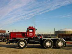Autocar Show Trucks, Big Rig Trucks, Old Trucks, Tractor Mower, Freight Truck, Old Tractors, Heavy Truck, Diesel Trucks, Vintage Trucks