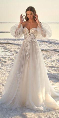 Lace Beach Wedding Dress, Country Wedding Dresses, Dream Wedding Dresses, Lace Wedding, Beach Wedding Outfits, Kleinfeld Wedding Dresses, Wedding Beach, Wedding White, Summer Wedding