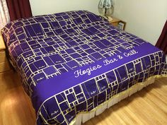 Quilt made out of Crown Royal bags Crown Royal Bottle, Crown Royal Bags, Crown Royal Quilt, Royal Pattern, Make A Crown, Puff Quilt, Modern Quilt Blocks, How To Finish A Quilt, Missouri Star Quilt