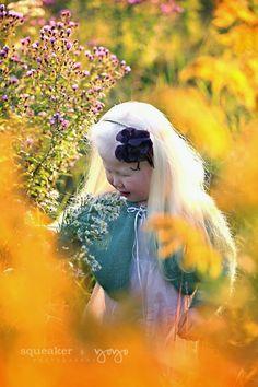 Wildflower Children's Photographer - Georgetown Ontario