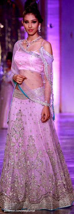 Royal Fashion, Ethnic Fashion, Asian Fashion, Chania Choli, Neeta Lulla, Lahenga, Traditional Sarees, Hot Dress, High Class