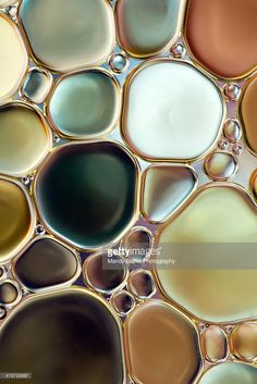 Oil and water abstract Textures Patterns, Color Patterns, Print Patterns, Color Schemes, Wallpapers Texture, Water Abstract, In Natura, Bubble Art, Color Stories