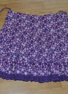Kup mój przedmiot na #vintedpl http://www.vinted.pl/damska-odziez/spodnice/13629110-swietna-spodniczka-w-kwiatki-idealna-na-lato