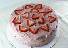 Strawberry Cake #recipe #cake #strawberry