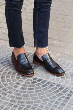 e3759f165 Sapato Masculino Loafer CNS Jack em couro cor Preto com sola de couro e  forro de couro. #cns #cnsmais #masculina #loafer #mocassim #couro #leather  #shoes ...