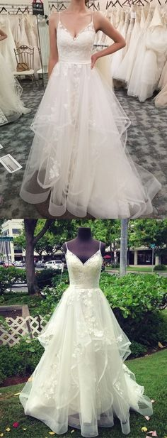White wedding dress. All brides imagine finding the most appropriate wedding, however for this they need the most perfect bridal gown, with the bridesmaid's dresses actually complimenting the wedding brides dress. The following are a variety of suggestions on wedding dresses.
