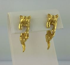 Vintage 3D gold plated pewter Cat earrings by celtictreasures