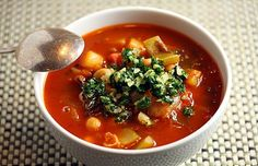 minestrone from healthy green kitchen Healthy Soup, Healthy Snacks, Healthy Recipes, Veggie Recipes, Soup Recipes, Crock Pot Tortellini, Healthy Buffalo Chicken, Healthy Eating For Kids, Green Kitchen