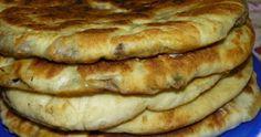 Hicin caucazian cu carne și verdeață Apple Pie, Buffet, Fancy, Desserts, Food, Meal, Buffets, Deserts, Essen