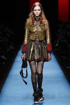 Dsquared2 Fall 2016 Ready-to-Wear Fashion Show - Cecilie Moosgaard