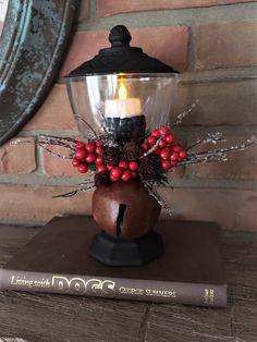 Christmas Lanterns Diy, Tree Lanterns, Christmas Lamp, Dollar Tree Christmas, Dollar Tree Crafts, Rustic Christmas, Christmas Projects, Holiday Crafts, Christmas Decorations