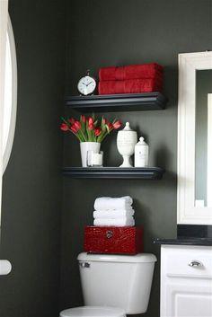 #CasasAMP Cuando se trata de diseño de almacenamiento de baño , el espacio por encima del inodoro a menudo se desperdicia, existiendo una variedad de opciones funcionales y con estilo para transformar tu baño
