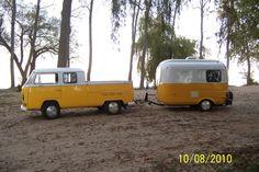 Doka et caravane (Eriba. Volkswagen Bus, Vw T1, Vw Camper, Volkswagen Transporter, Camper Life, Retro Campers, Vintage Campers, Vintage Caravans, Combi Split