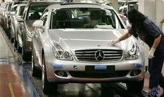 قطاع السيارات الألماني يأخذ تهديدات ترامب على…: أخذ اتحاد صناعة السيارات الألماني التهديدات الجديدة للرئيس الأمريكي المنتخب دونالد ترامب…