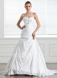 A-Line/Princess Sweetheart Court Train Taffeta Wedding Dress With Ruffle Bow(s) (002005506)
