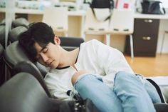 Image shared by M E 2 Find images and videos about lee jong suk on We Heart It - the app to get lost in what you love. Lee Jong Suk Cute, Lee Jung Suk, Asian Actors, Korean Actors, Asian Celebrities, Korean Dramas, K Pop, Lee Jong Suk Wallpaper, Kang Chul