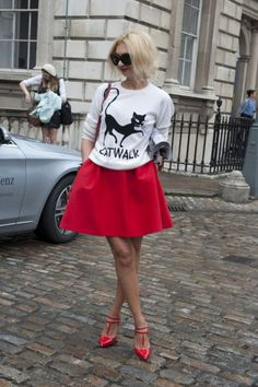 Street Style From London Fashion Week   StyleCaster