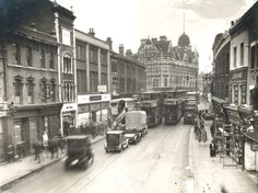 Walworth Road/Cumberland Row looking towards Elephant and Castle. Vintage London, Old London, London Bus, South London, London Pictures, London Photos, Old Pictures, Old Photos, Elephant And Castle