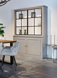 5 Simple Ideas to Improve Your Dining Room Design – Voyage Afield Living Room Grey, Formal Living Rooms, Living Room Decor, Small Room Design, Dining Room Design, Barn Conversion Interiors, Richmond Interiors, Fashion Room, Cabinet Design