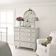 32 trendy ideas for grey painted furniture bedroom drawers Grey Chest Of Drawers, Bedroom Vintage, Furniture, Bedroom Chest Of Drawers, White And Grey Bedroom Furniture, Bedroom Furniture, Painted Bedroom Furniture, Grey Painted Furniture, Pine Bedroom Furniture