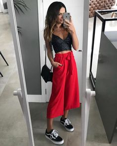 New fashion outfits summer casual cardigans 48 ideas Casual Summer Outfits, Spring Outfits, 90s Fashion, Fashion Outfits, Womens Fashion, Trendy Fashion, How To Wear Culottes, Red Culottes Outfit, How To Wear Vans