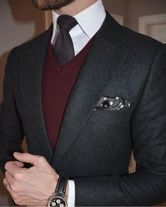 Awesome Outfit Mens Fashion Classic Ideas - Men's style, accessories, mens fashion trends 2020 Gentleman Mode, Gentleman Style, Mens Fashion Blazer, Suit Fashion, Fashion Photo, Fashion Shirts, Fashion 2018, Style Fashion, Moda Formal