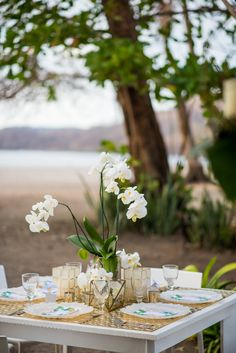 Artefactos & florals @artflowercr, photo @sguardiam
