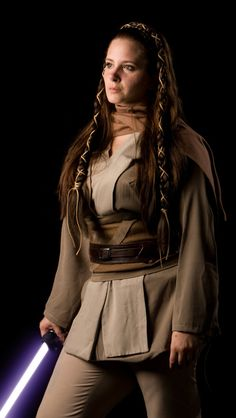 Jaina Solo - this could be a good option for me for a Jedi costume if i decide not to do Satele Shan! :) #Starwarsreads