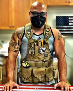 Shop for tool vests, tool belts, tool rolls and workwear that is made in the USA. Tactical Clothing, Tactical Gear, Tool Apron, Tool Room, Tools And Toys, Diy Workbench, Chest Rig, Backpack Pattern, Construction Tools