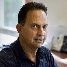 @Jeff Sheldon Bullas - a social media marketing blogger, speaker and strategist [www.jeffbullas.com]