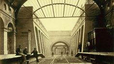 Notting Hill Gate station.  Historic images of the London Underground released for the first time | London - ITV News