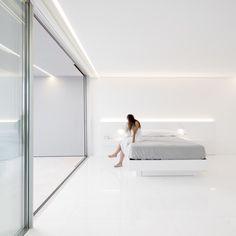 Gallery of La Pinada House / Fran Silvestre Arquitectos - 35