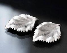 2668_ Silver leaf pendant 30x44 mm, Rhodium plated pendants, Brass leaves pendants, Metal pendants,  Jewelry findings, Silver findings_2 pcs