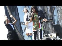 """Santigold sings """"Hold The Line"""" at Coachella 100% Sound - Music for Horse Lovers"""