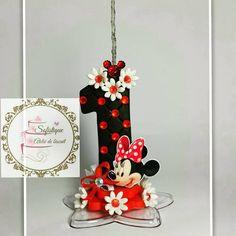 Vela personalizada em biscuit Minnie vermelha -vela com pavio mágico *Para outros modelos ou personalizações, consultar preço.