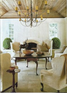 Cream/natural living room - interior design: Nancy Braithwaite- see the lamp My Living Room, Home And Living, Living Area, Living Spaces, Beautiful Space, Beautiful Homes, House Beautiful, Sweet Home, Modern Country
