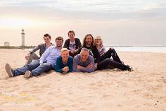 Familiefotoreportage op het strand, strandfotoshoot gezin, familiefotografie, familie fotografie, familieportret, fotoshoot outdoor,